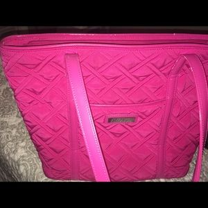 Large Pink Vera Bradley in Good Condition